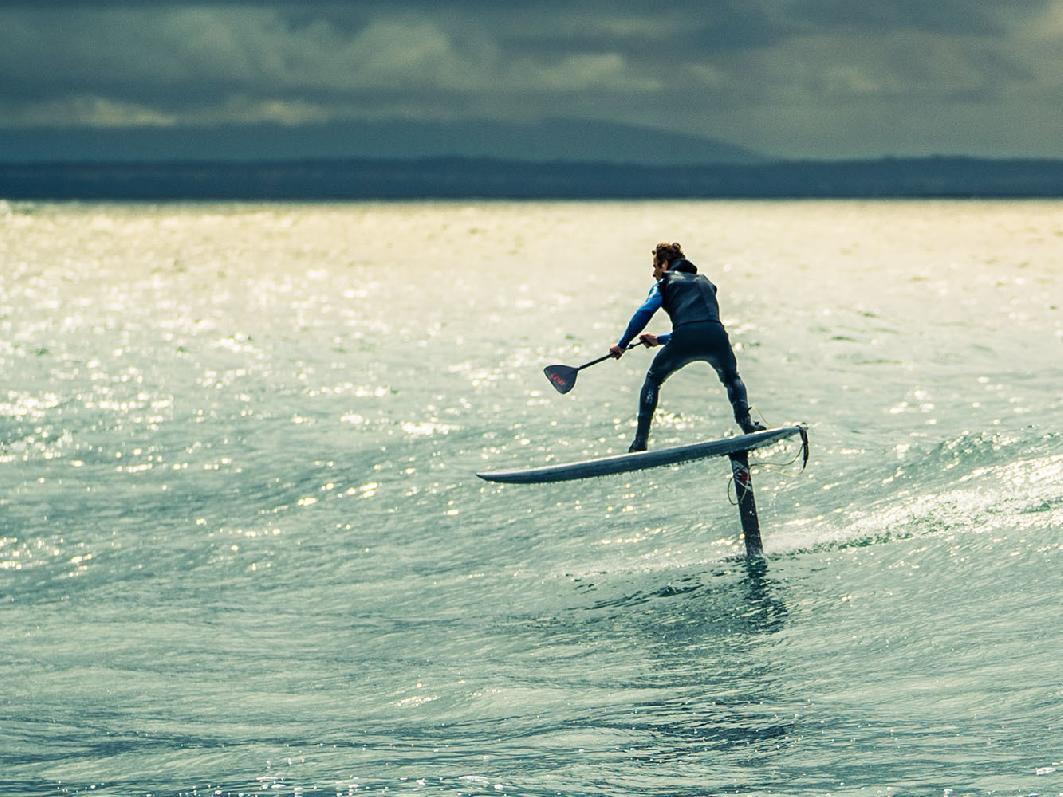 Levitaz_hydrofoils_sup_surfing_action