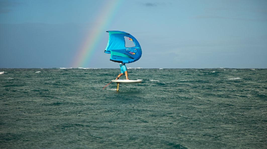Naish_Action_Wing-Surfer-1