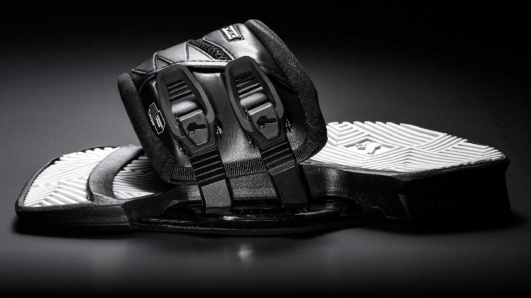 Carved_Customs_Ultra_Pads_and_Straps_big
