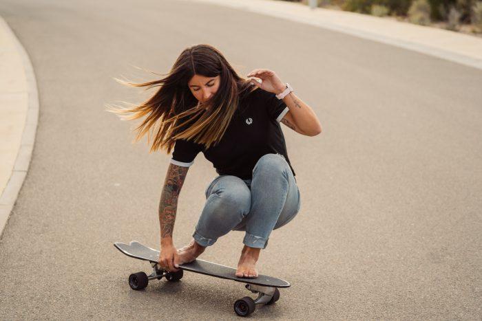 Cruisen-mit-dem-Slide-Surfskate